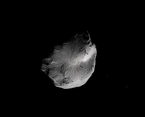 Спутник Сатурна Елена. Фото NASA/JPL/SSI, image enhanced by Stu Atkinson