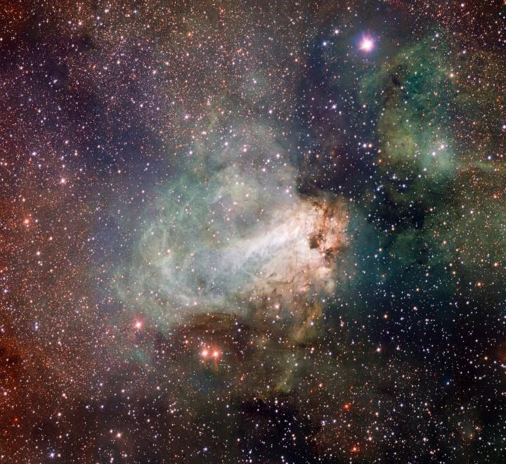 Первые снимки нового телескопа ESO VLT Survey Telescope