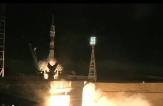 Запуск ракеты-носителя «Союз-ФГ» с пилотируемым космическим кораблем «Союз ТМА-02М»