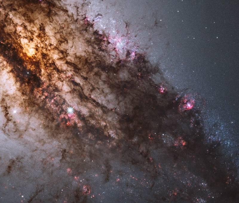 Галактика Центавр А. Фото NASA, ESA, and the Hubble Heritage (STScI/AURA)-ESA/Hubble Collaboration