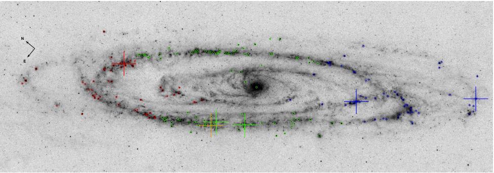 Инфракрасный снимок М31 от телескопа «Спитцер». Красными крестиками обозначены мазеры.