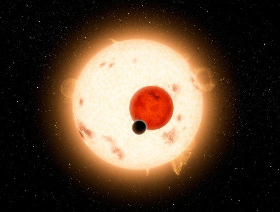 Экзопланета Kepler-16b вращается вокруг двух звезд