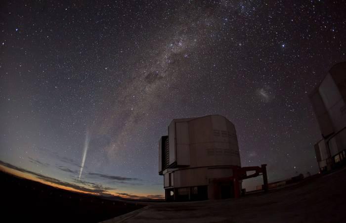 Комета Лавджоя. Снимки выполнены из обсерватории ESO в Параналь. Фото G. Brammer/G. Blanchard/ESO