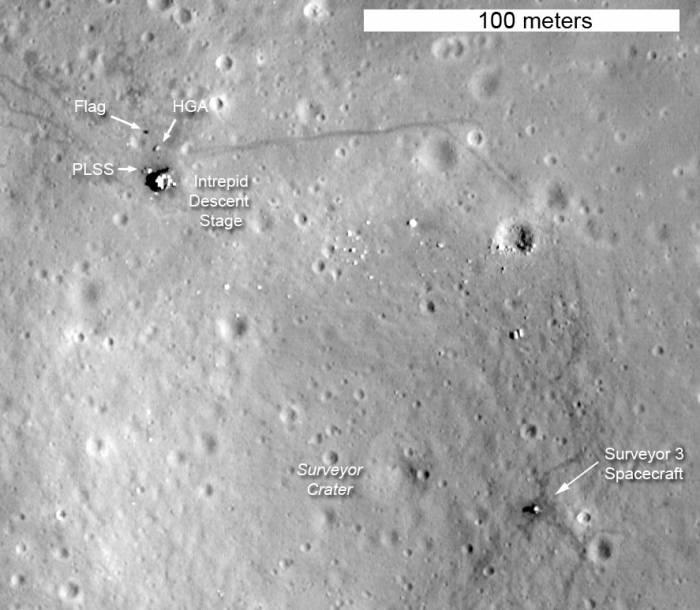 Место посадки Аполлона-12. Фото NASA/GSFC/Arizona State University