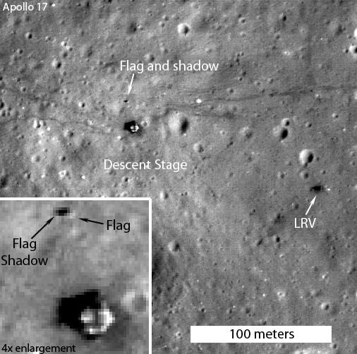 Место посадки Аполлон 16 и Аполлон 17. При увеличение видно, что флаг дает тень.