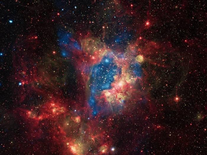 Туманность LHA 120-N 44 со звездным скоплением NGC 1929.