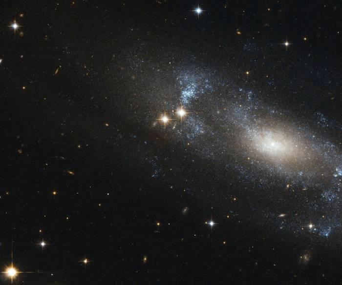 Спиральная галактика ESO 499-G37