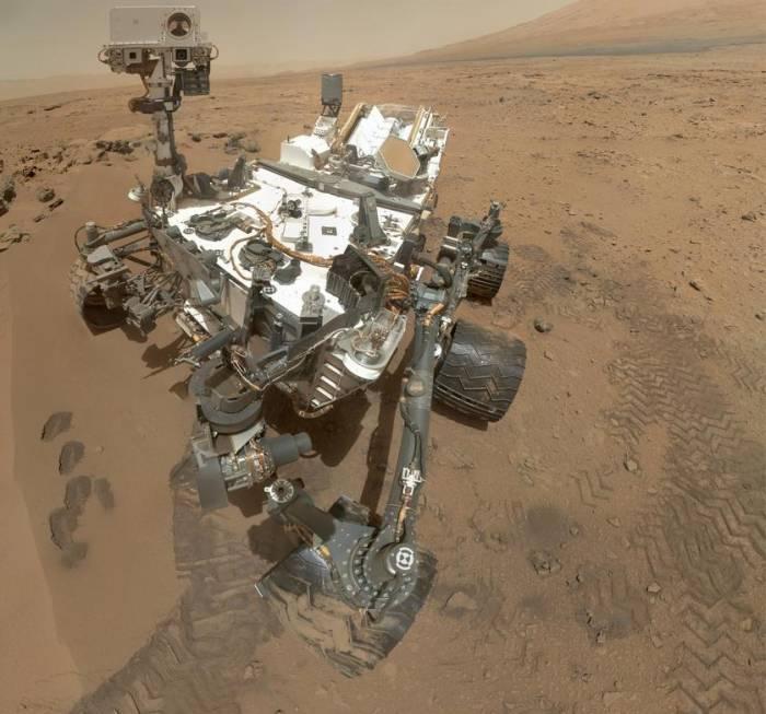 Автопортрет марсохода «Curiosity».