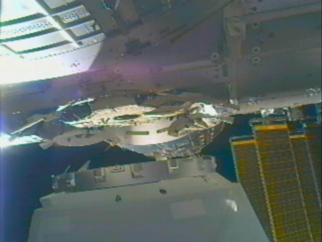 Космический аппарат dragon успешно пристыковался к МКС CVAVR AVR CodeVision cvavr.ru