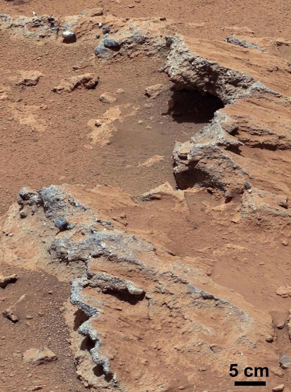 О некогда существовавшей реке свидетельствует марсианская галька (2 фото)
