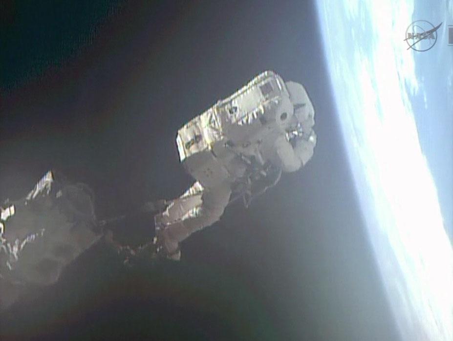 Астронавты esa и nasa зашли на борт МКС CVAVR AVR CodeVision cvavr.ru