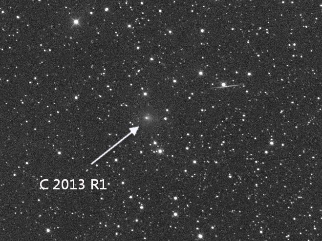 Комета C/2013 R1 (Lovejoy).