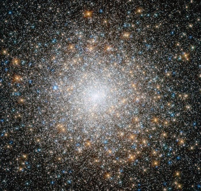 Шаровое звездное скопление М15.