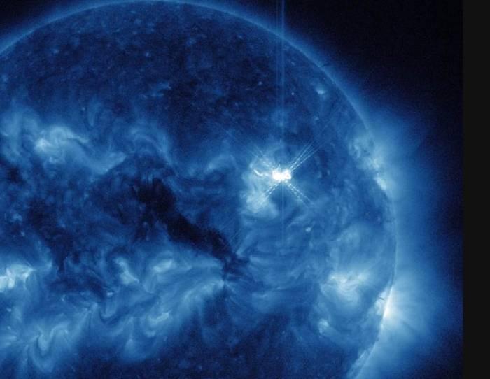Вспышка на Солнце класса X.