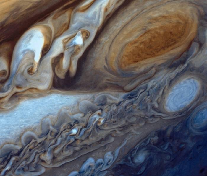 Большое Красное Пятно Юпитера.