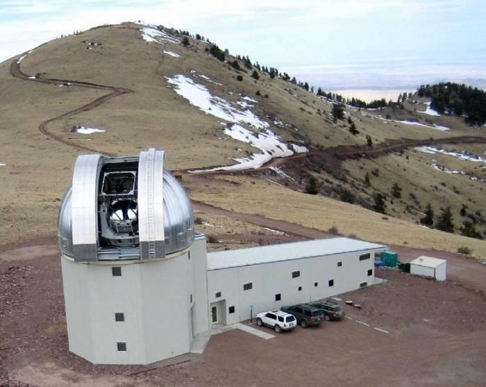 2,4-метровый телескоп обсерватории Магдалена-Ридж.