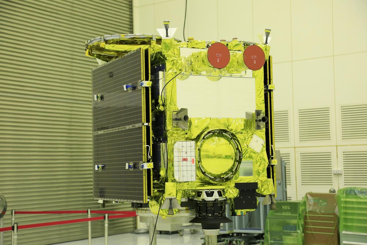 Исследовательский аппарат «Хаябуса-2».