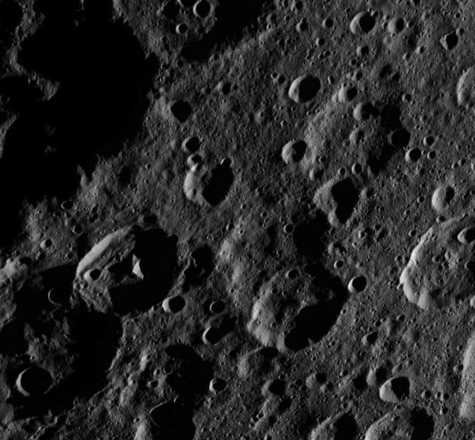 NASA назвало кратер наЦерере вчесть славянского Творца плодородия
