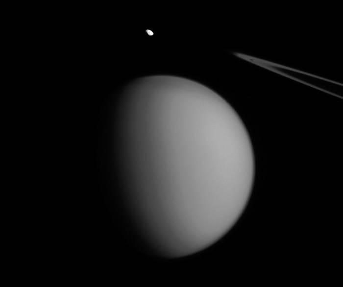 Пандора «зависла» над Титаном