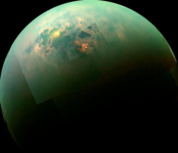 Солнечные блики на Титане отраженные от моря