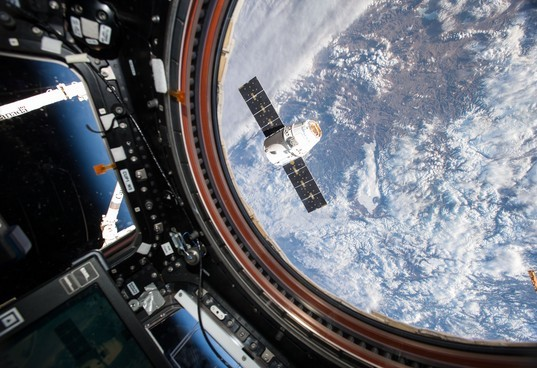 Космический аппарат «Dragon» благополучно вернулся наЗемлю