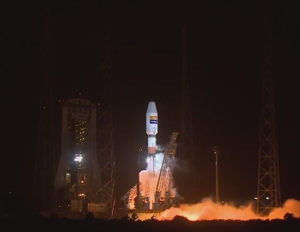 Ракета-носитель «Союз» сиспанским спутником стартовала сКуру
