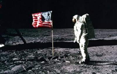 США отказывается от полетов на Луну