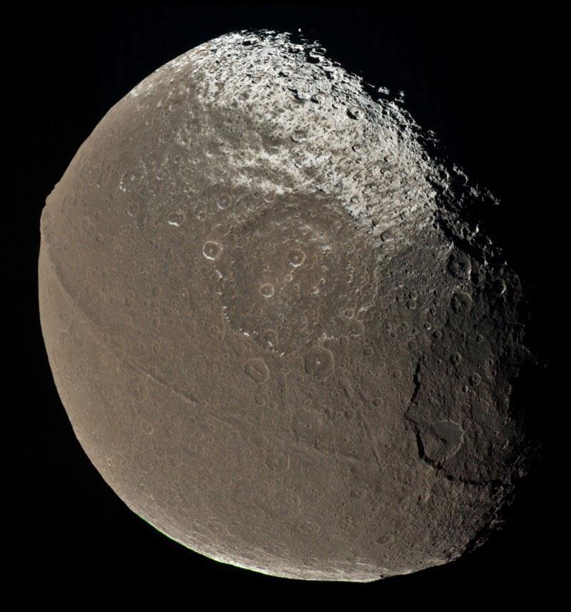 япет спутник сатурна фото все