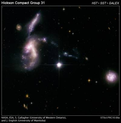 Космос юрского периода: древние галактики вновь сближаются