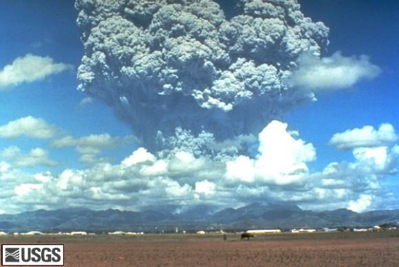 Извержение вулкана Пинатубо. Фото USGS