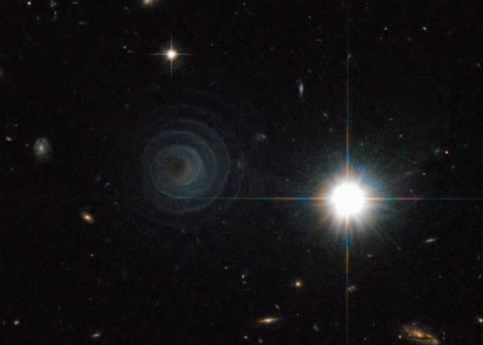 Необычная спираль в космическом пространстве