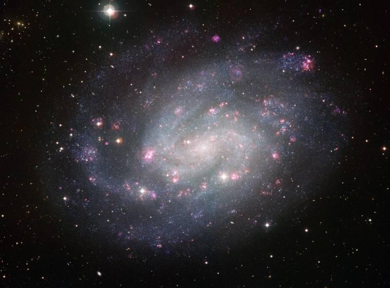 Спиральная галактика NGC 300. Фото ESO
