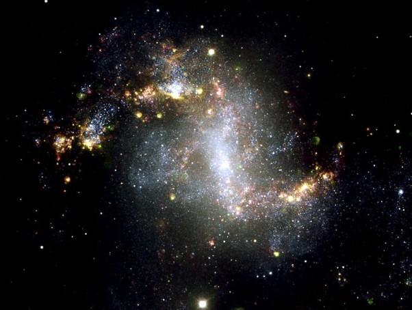 Галактика NGC 1313. Фото ESO