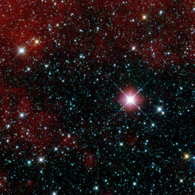 Участок космического пространства в созвездии Киля. Первый снимок телескопа WISE.