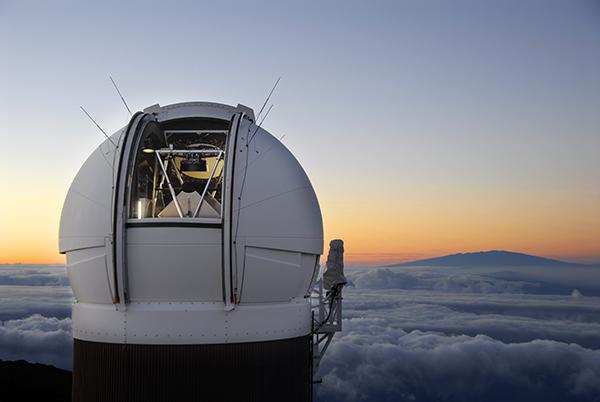 Телескоп PS1. Фото Rob Ratkowski