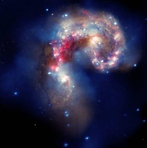 Галактики NGC 4038 и NGC 4039 или «Галактики антенн» . Фото NASA/CXC/SAO/J.DePasquale/JPL-Caltech/STScI