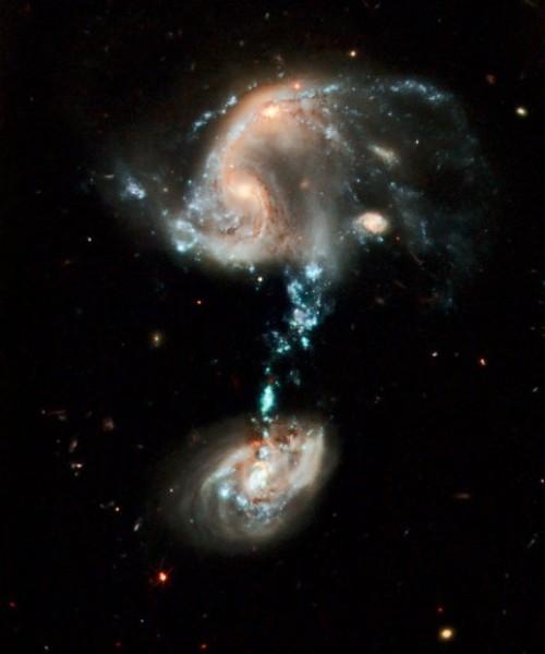 И снова удивительный исторический снимок от Хаббла